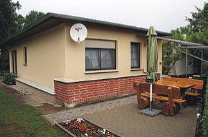 ferienhaus mit boot direkt am kummerower see sommersdorf in der mecklenburgischen schweiz. Black Bedroom Furniture Sets. Home Design Ideas